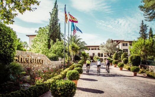 Luxury family cycling hotel